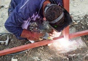 Для чего на стройке может использоваться сварочное оборудование?