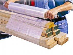 Необходимость стрейч-пленки на строительных складах