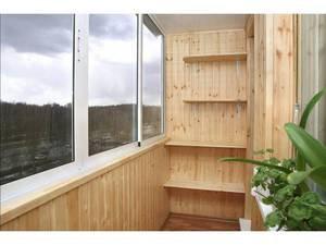 Как обустроить балкон своими руками